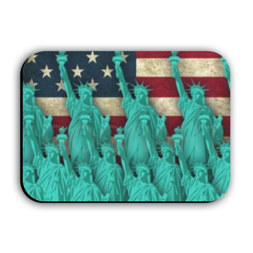Calamita statua della libertà e bandiera stati uniti